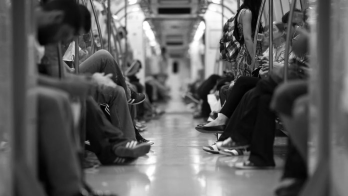 Sadiq Khan avverte - fermiamo la metropolitana